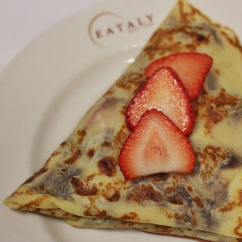 Nutella Crepe Strawberry1-1024x1024