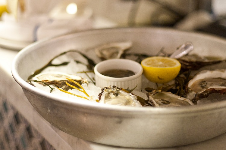 Eataly_La-Piazza_Ostriche oysters