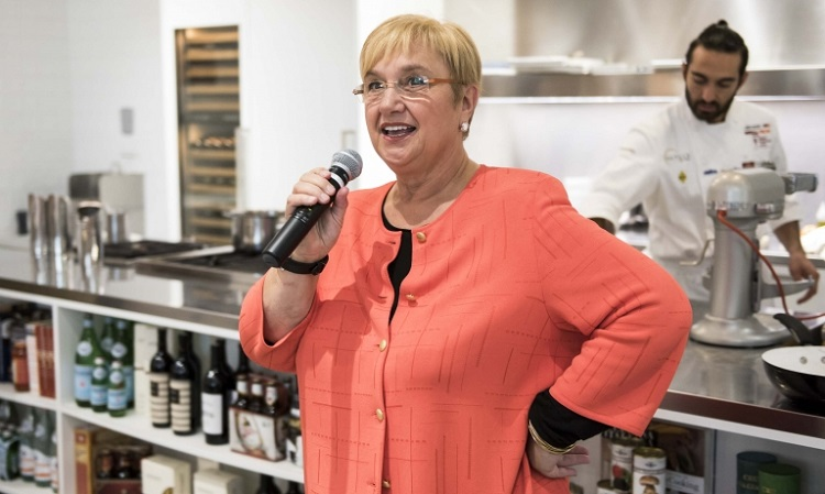 lidia bastianich at eataly chicago
