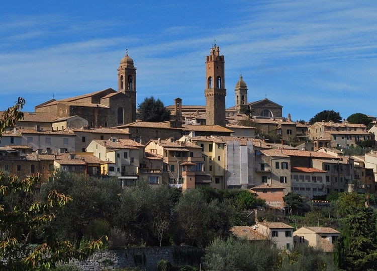 Guide to Montalcino: Wine and Beyond