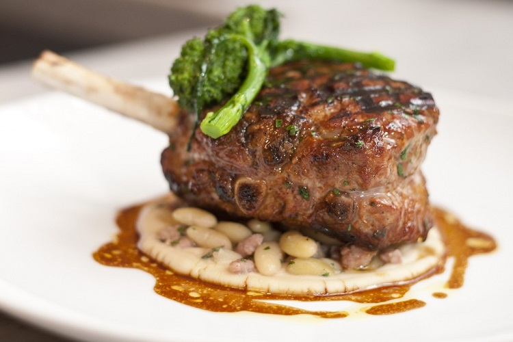 Lamb Chop with Cannellini Beans