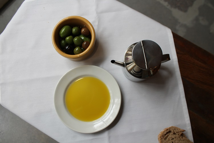 What makes olive oil 'extra virgin'?