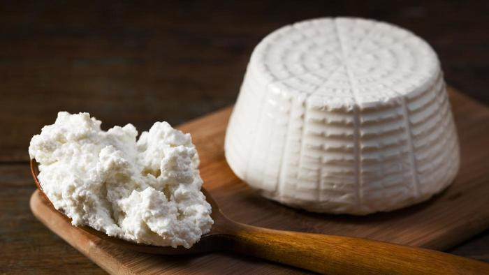 Complimentary Ricotta Cheese Making Class Eataly