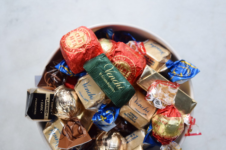 venchi-chocolates-assorted-bowl