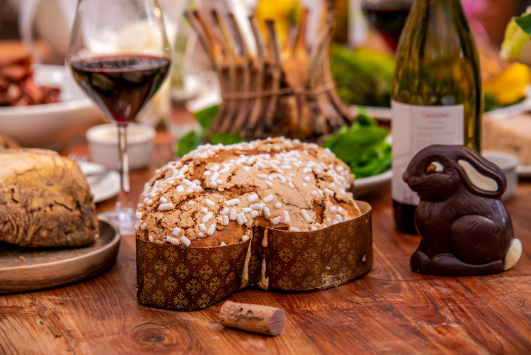 colomba-easter-bunny-chocolate-table-wine