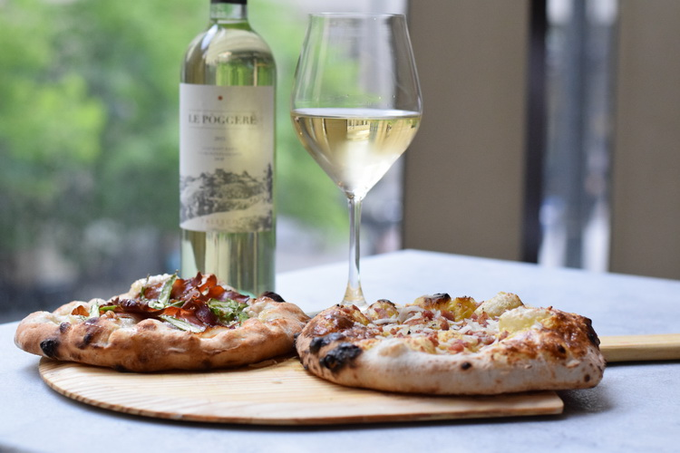 eataly-quattro-mani-mike-gebert-small-pizzas-with-wine-side-web