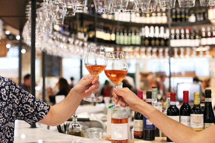 eataly-downtown-rose-glass-cheers-il-vino-3 wine