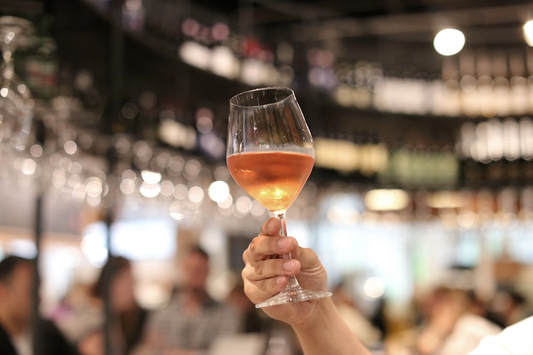 eataly-downtown-rose-wine-raised-glass