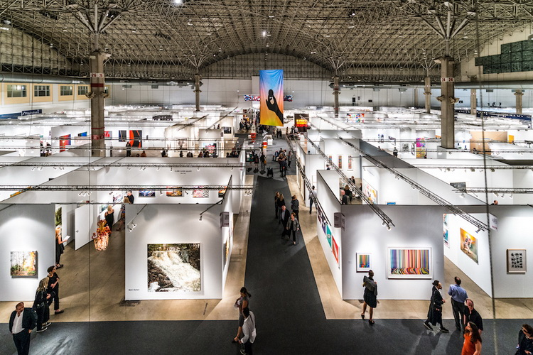 Eat More Art at EXPO CHICAGO