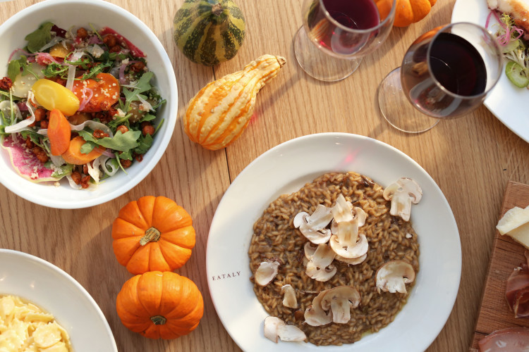eataly-bottoms-up-mushroom-risotto-pumpkins-salad-drinks