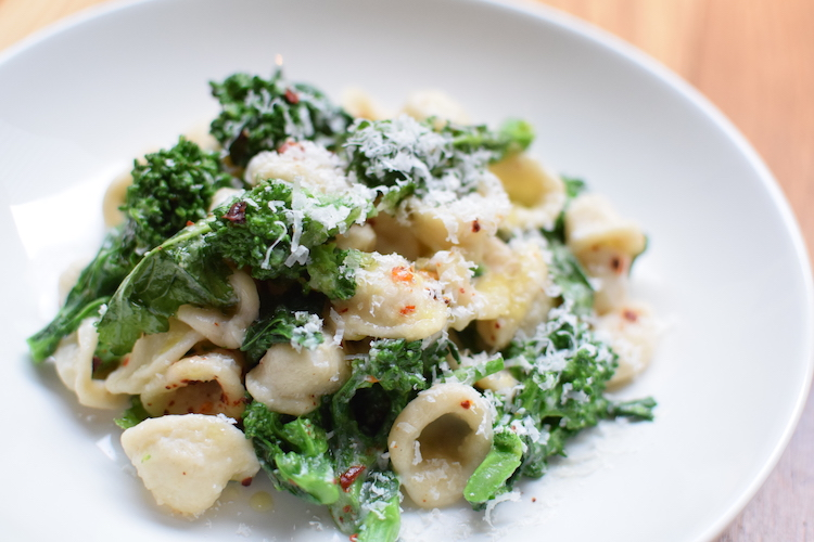 Orecchiette Recipe: pasta with broccoli rabe