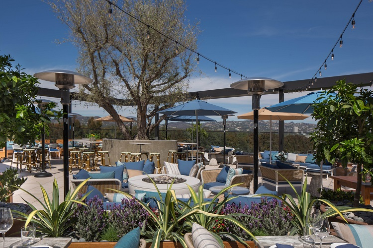 Terra, Eataly's rooftop bar, restaurant, and lounge in Los Angeles