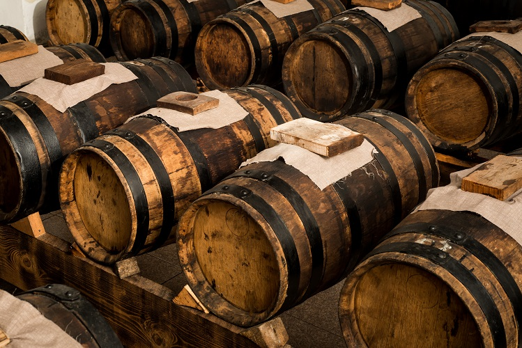 barrels balsamic vinegar