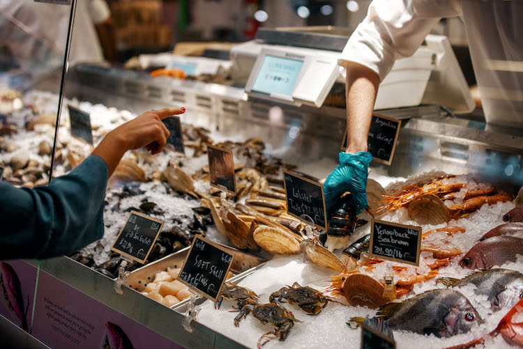 Seafood counter at Eataly NYC Flatiron