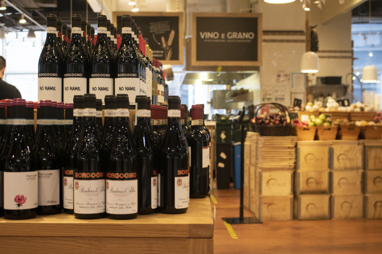 wine at eataly nyc