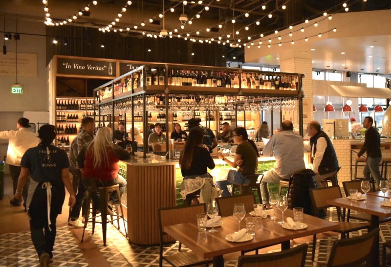 Bar Scene at Eataly Los Angeles