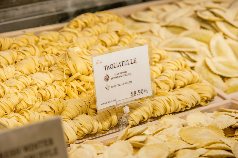 2019_03_March_EatalyLA_Atmosphere_176