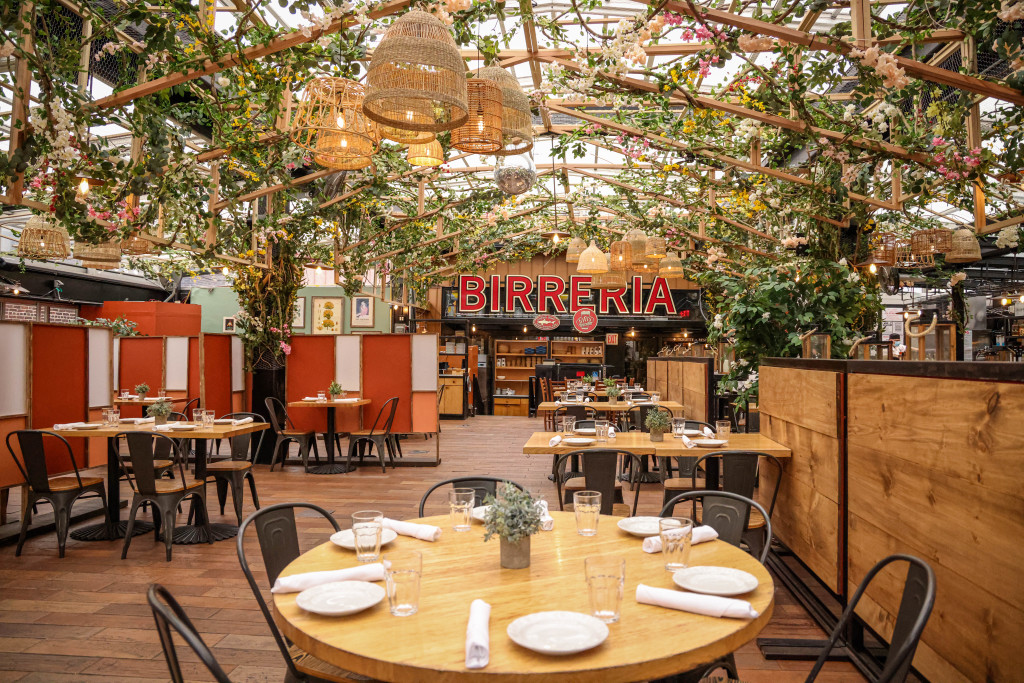 The rooftop restaurant has bloomed for spring
